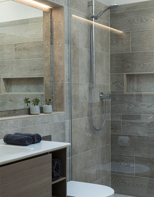 13 Designed Ensuite with Lit Mirror and Bottle Recess 1