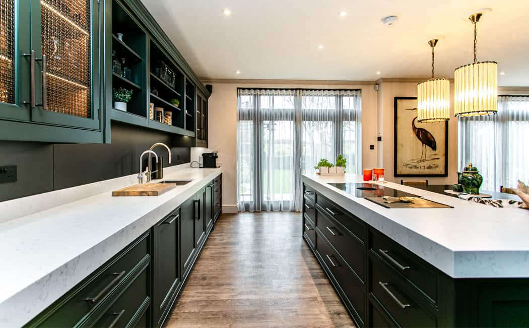 Traditional Kitchen Cabinetry with Modern Styling